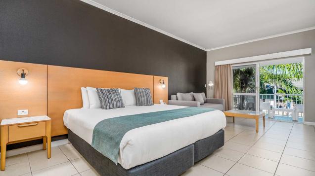 Hotel-Grand-Chancellor-Palm-Cove-2